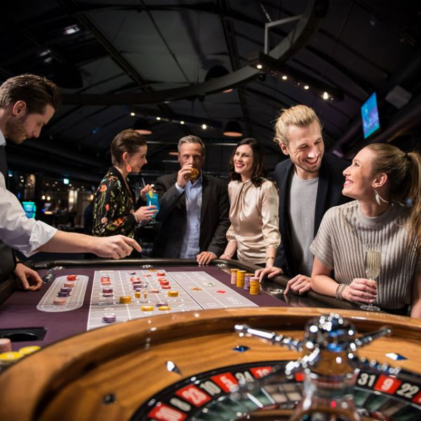Is it possible to make money from blackjack